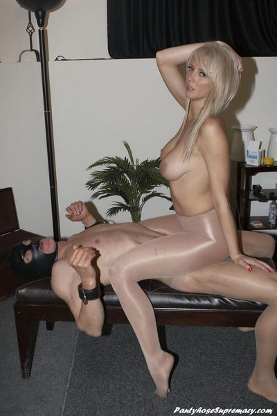 Pantyhose Supremacy torrent